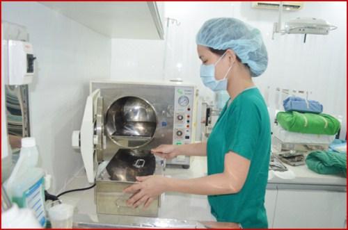 Quy trình cấy ghép implant chuẩn nhất hiện nay hấp công cụ dụng cụ