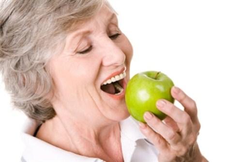 Cấy ghép Răng Implant có bị hôi miệng không 7