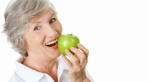 răng implant ăn nhai tốt không
