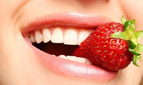 Cách làm trắng răng tại nhà an toàn và hiệu quả 3