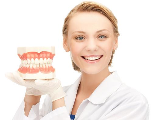 làm răng sứ như thế nào là đẹp và chuẩn xác -2