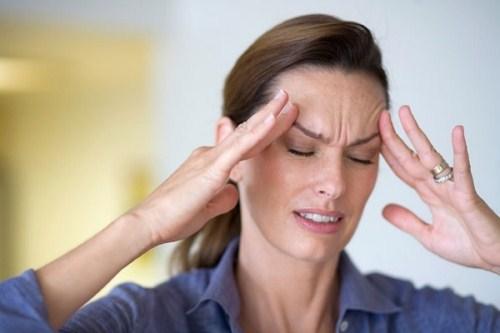 đau đầu khi cấy ghép Implant