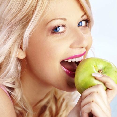 miễn phí răng sư khi cấy ghép implant 3