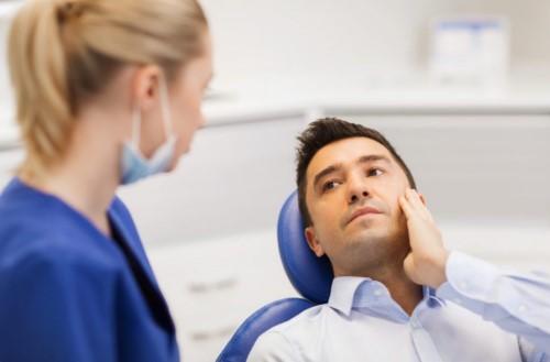 trồng răng giả cố định vĩnh viễn có đau không 2