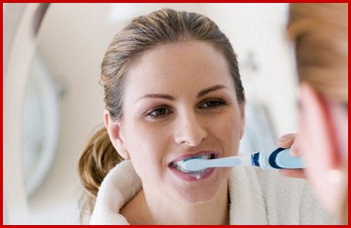 các việc cần phải làm để bảo vệ răng miệng 3