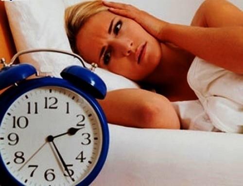 sâu răng đau nhức gây mất ngủ