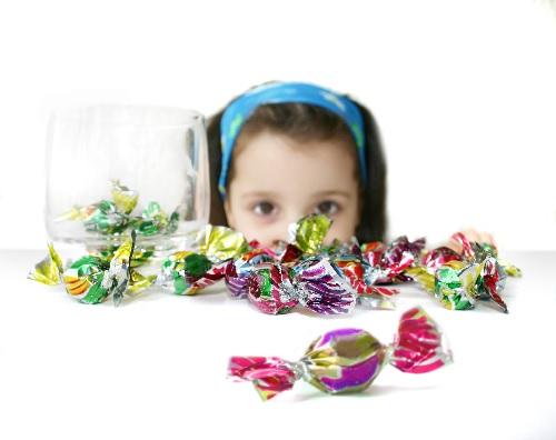 tại sao ăn kẹo lại sâu răng