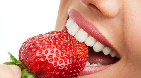 ăn dâu tây có làm sạch vôi răng không 5