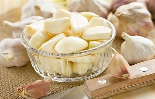 cách chữa sâu răng bằng tỏi