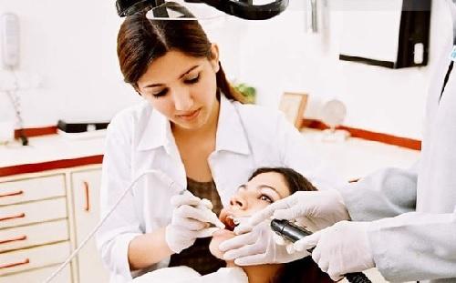 phụ nữ mang thai trám răng được không