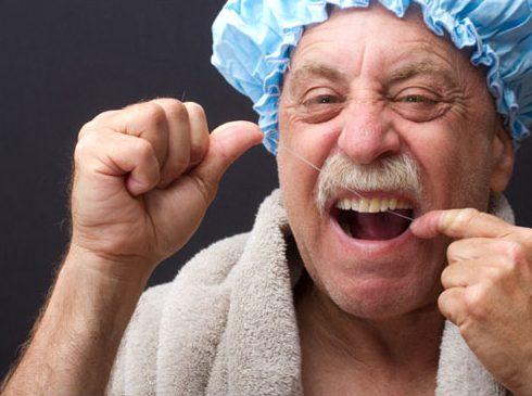 bệnh đau răng ở người già 6