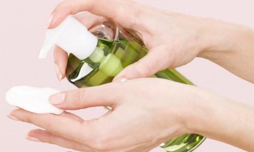 cách tẩy trắng răng bằng dầu oliu tại nhà 1