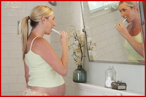 chăm sóc răng miệng cho bà bầu 3