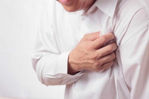 người bệnh tim không nên nhổ răng