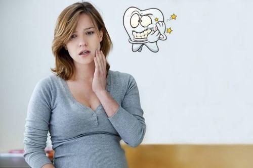 phụ nữ mang thai có nên nhổ răng hay không 1