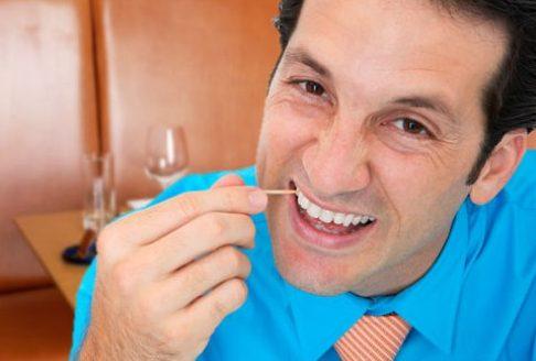 vì sao răng bị đóng vôi và cách điều trị 1