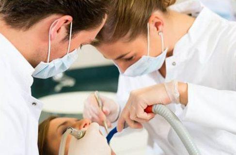 vôi răng có gây hôi miệng không 4