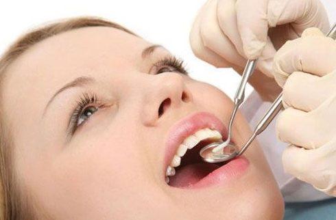 cạo vôi răng khi mang thai có tốt không 2
