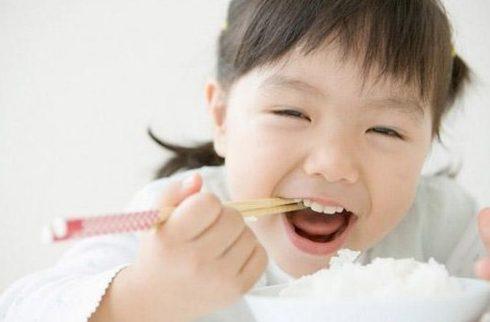 quy trình điều trị tủy răng sữa cho trẻ em 1