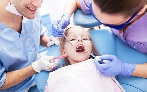 quy trình điều trị tủy răng sữa cho trẻ em 2