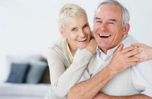 Trồng Răng Implant Có Cần Thiết Cho Người Cao Tuổi Không_4
