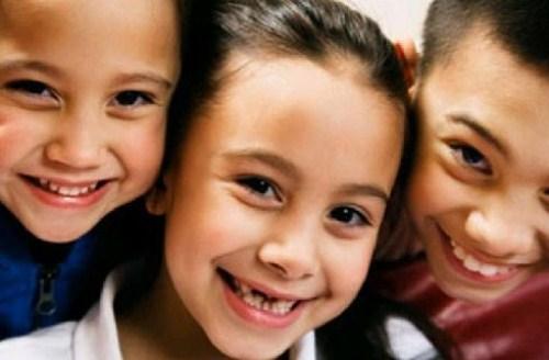 Bao nhiêu tuổi thì trồng răng implant 6