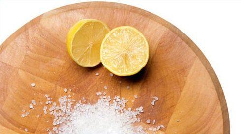 cách tẩy trắng răng bằng muối đơn giản và hiệu quả 3
