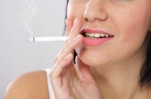 tại sao răng lại bị ố vàng theo thời gian 3