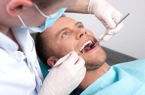 tìm hiểu thuốc chữa tủy răng tại nha khoa 3