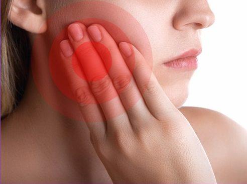 dấu hiệu bị viêm tủy răng dễ nhận biết 2