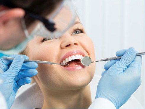 độ bền của răng sứ là bao nhiêu năm 4