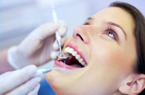 khi nào bắt buộc phải chữa tủy răng để bọc sứ 5
