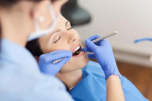 thăm khám răng