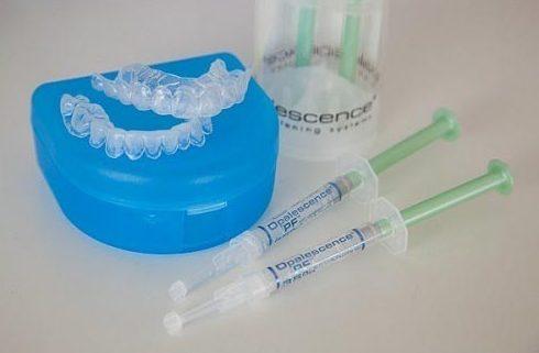 Nên ngậm thuốc trắng răng vào buổi nào 2