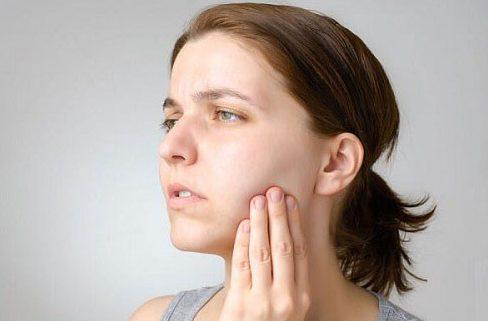 Alo bác sĩ - Giải đáp các câu hỏi về niềng răng không mắt cài 3