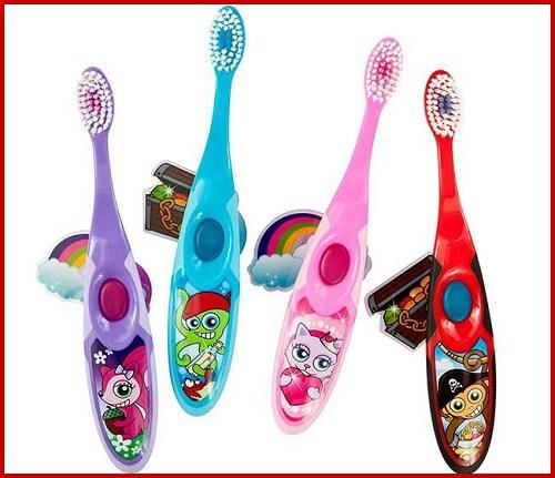 Cách lựa chọn bàn chải đánh răng cho bé phù hợp nhất 2