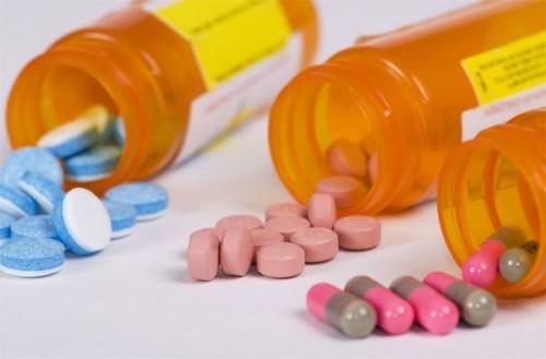 Tetracycline là gì - răng bị nhiễm kháng sinh thì phải làm sao 1