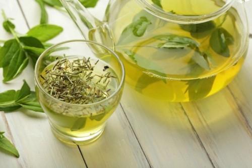 cách giảm đau khi mọc răng khôn bằng trà xanh