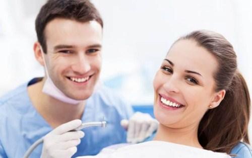 Tẩy trắng răng laser whitening mang lại hiệu quả tức thì không 4