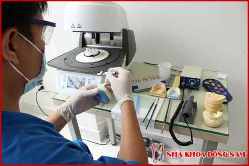 Danh sách các thiết bị nha khoa thường được sử dụng ở phòng khám 14