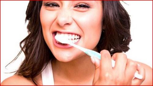 ưu nhược điểm của trồng răng implant 9