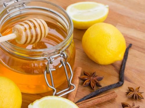 công thức trị hôi miệng bằng mật ong