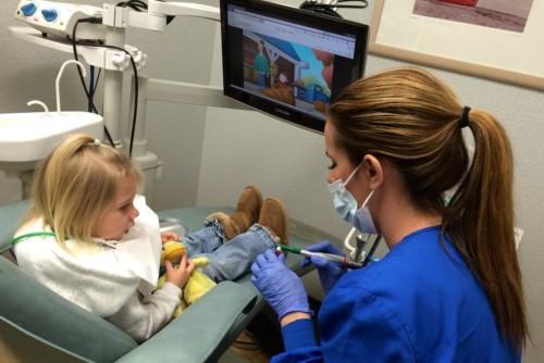cách chữa bệnh nghiến răng ở trẻ