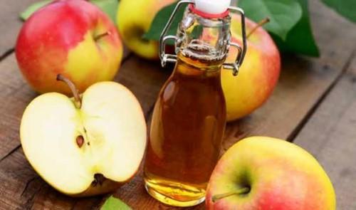 trị nhiêt miệng bằng giấm táo
