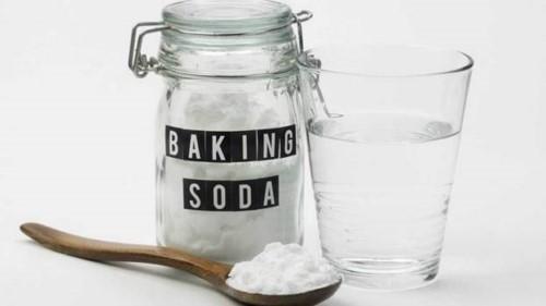 cách chữa nhiệt miệng bằng baking soda
