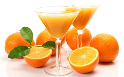 nước cam chữa nhiệt miệng