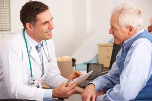 cấy implant cho người trung niên
