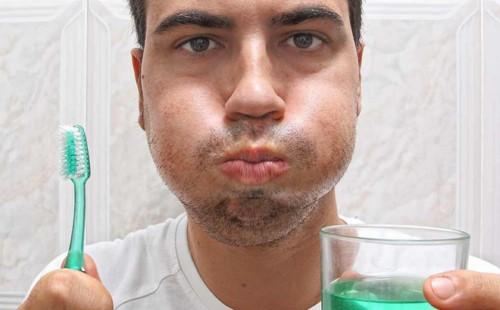 cách sử dụng nước súc miệng