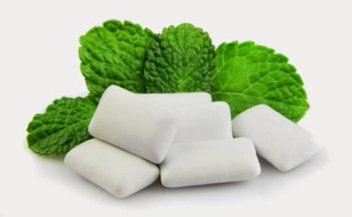 khử mùi thuốc lá bằng kẹo cao su