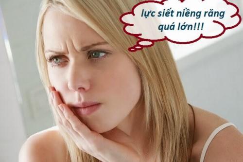 đau nhức khi niềng răng
